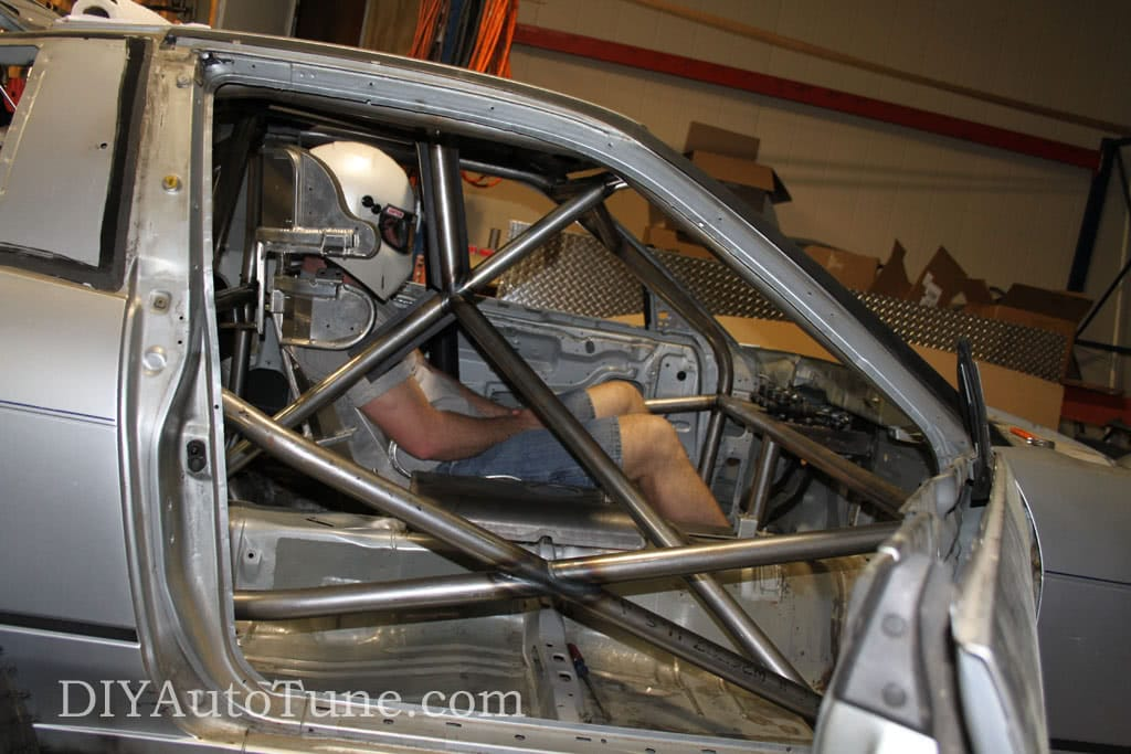 LandSpeed 240sx Adjusting the Seating Position